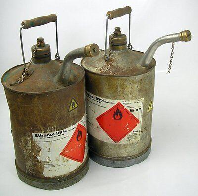 Ethanol-Kannen 2 Stück LEER Blechkannen historisch Werkstatt Ausstattung Sammler