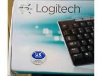 Wireless keyboard and mouse - BNIB