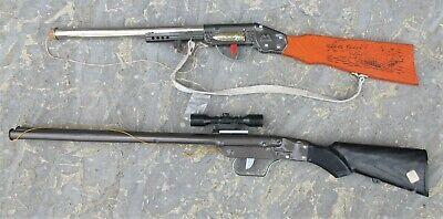 Lot de 2 ancien  jouet en tole Fusil à bouchon
