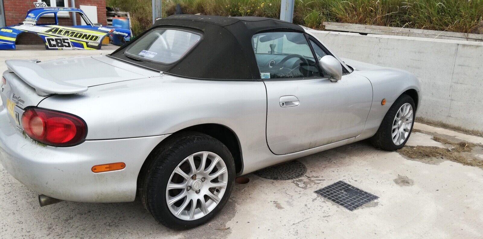 2003-Mazda-MX5-Angels