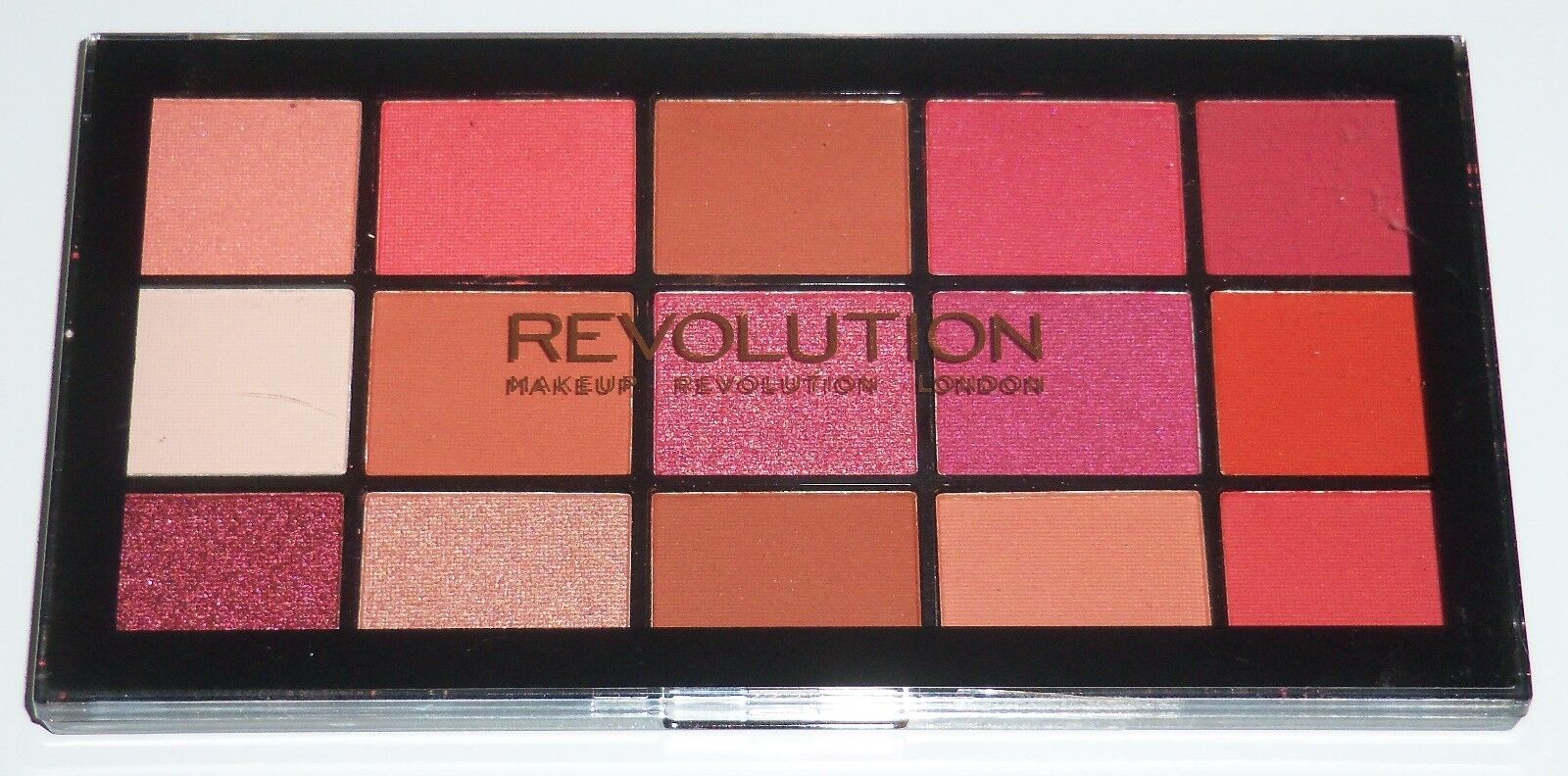 Makeup Revolution Reloaded Eyeshadow Palette, Iconic Newtral