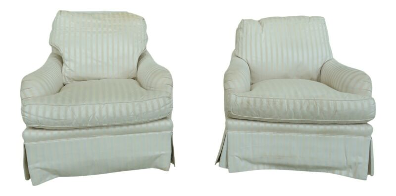 F51044EC: Pair BAKER FURNITURE CO Off White Upholstered Club Chairs