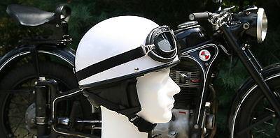 Halbschale + Brille für DDR Moped Weiß Größe: M 57-58cm Oldtimer Helm gebraucht kaufen  Bad Muskau