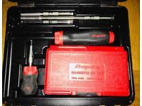 Snap on ratcheting screwdriver set