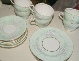 Vintage Tea Set - Aynsley - C2071 - 6 cups, saucers, plates Pale Green floral pattern