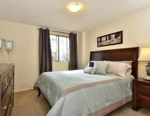 Lovely Renovated Two Bedroom in STRATHROY for July