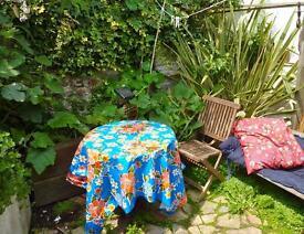 SUNNY ROOM In female houseshare near Brighton Marina