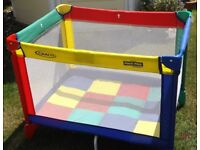 Graco folding cot / playpen, as new, smart, multi-coloured
