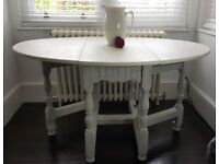 Vintage oak gate leg dining table. Delivery available