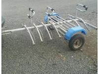 Six bike bicycle transport trailer with luggage rack and wheel straps