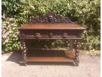 WANTED old carved vintage furniture