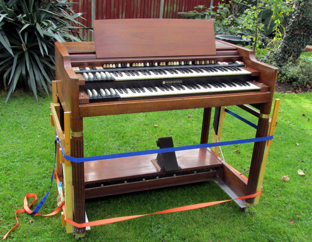 HAMMOND B3000 ORGAN with Bench and Pedal Board | in Blofield, Norfolk |  Gumtree