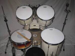 5 pce Tama Superstar All Birch Drum Kit w/Hardware -As New- Coburg Moreland Area Preview