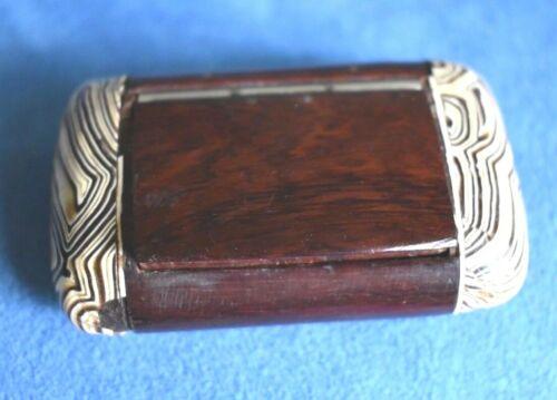 Unusual Organic Exotic Marbled Zebra Wood Antique 19th Century Wood Snuff Box