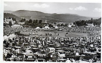 Highland Gathering  Braemar unused RP old postcard