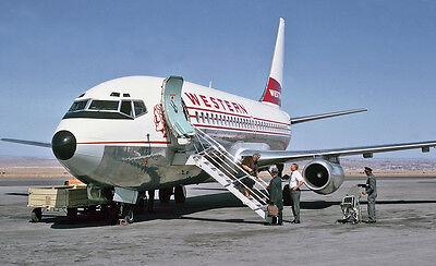 "Western Airlines Boeing 737-200 ((8""x10"")) Print"