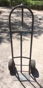 dolly/hand truck