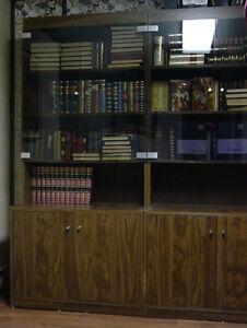 Bibliotheque vitrée en 3 unitées