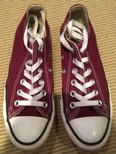Burgundy Converse - LIKE NEW