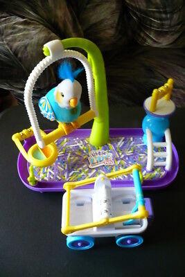Kid's Interactive Talking Bird Little Live Pets Cleverkeet Parakeet With Playset