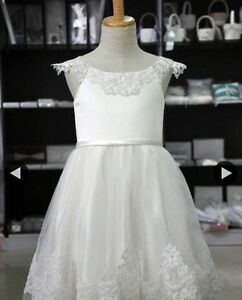 Flower girl dresses size2t-8 available Cambridge Kitchener Area image 1