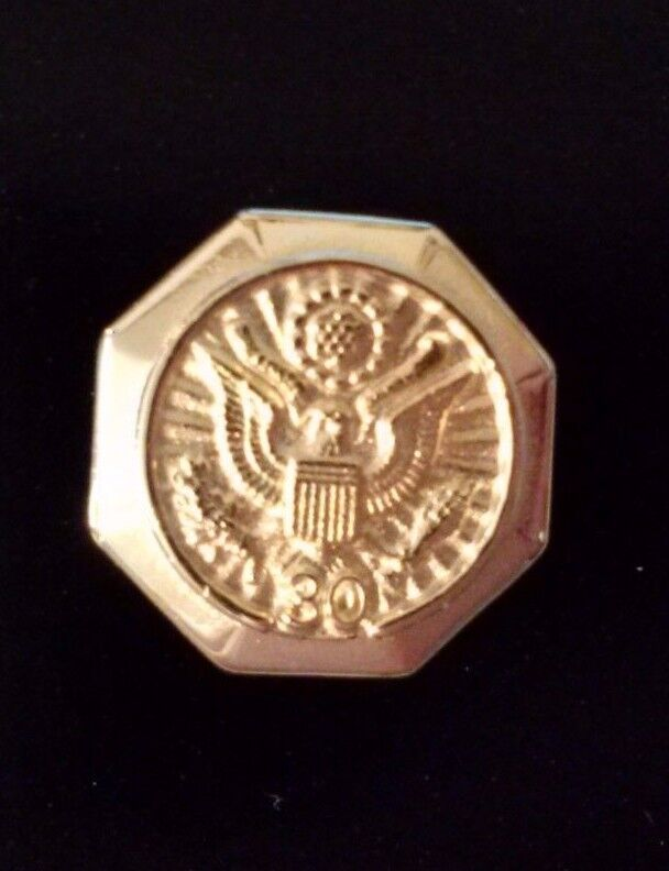Length Of Service Lapel Pin 30 Year Army/Navy/ Air force/Marines/Coast Guard