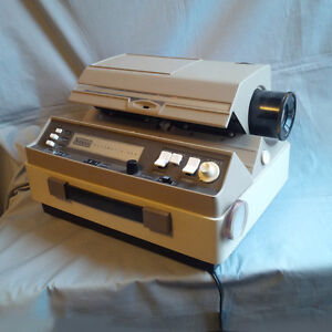 Sears Automatic 500 Slide Projector