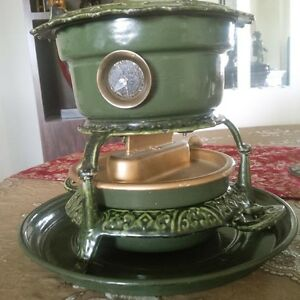 Highly Collectable Antique Stove.