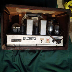 Vintage Westinghouse Tube Radio Kitchener / Waterloo Kitchener Area image 3