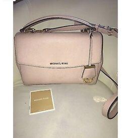 Michael Kors bag for sale (GENUINE) £175 Ono