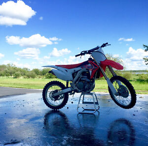 2015 CRF 450r Mint condition Price Reduced