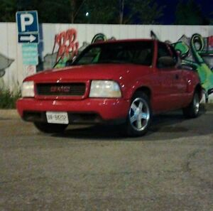 2000 GMC Sonoma SLS extended cab. does not run!