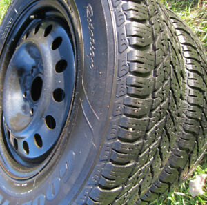*** 4 x 225 65 R17 * Winter Tires ** GOODYEAR >> ULTRAGRAP- WINT