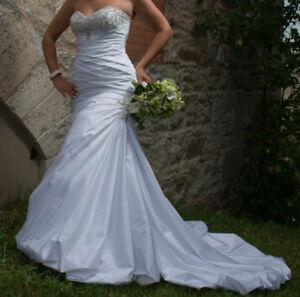 Stunning Wedding Dress Size 8