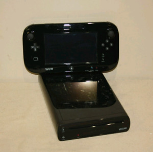 Wii U Deluxe System 32 GB with over 35 Games