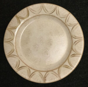 "10 Oneida Veneto Dinner Plates 11"" *NEW* $60 OBO"