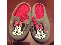 Minnie Mouse Slippers Size 3
