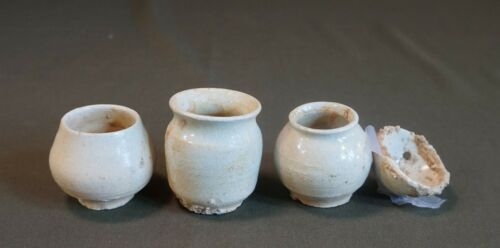 Rare Korean Joseon Dynasty 15 ~ 17th Century White Slip Coated 2 Cups & Jar