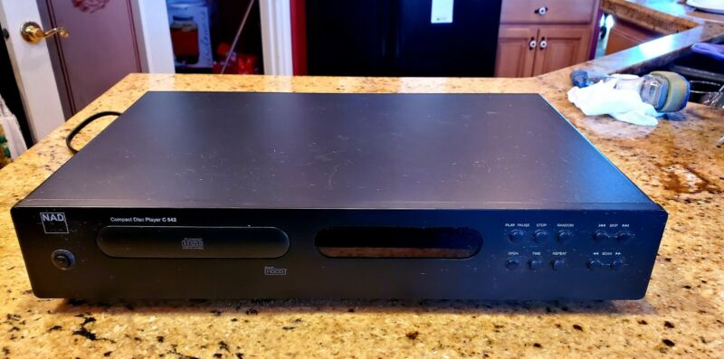 NAD Compact Disc Player C542 - WORKS