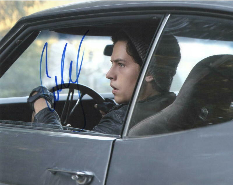 COLE SPROUSE SIGNED 8X10 PHOTO CW RIVERDALE JUGHEAD AUTHENTIC AUTOGRAPH COA F