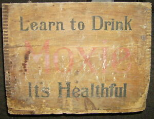 Vintage Moxie Nerve Food Crate Soda Pop New England Boston Kingston Kingston Area image 4