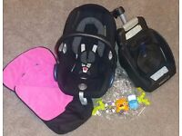 Maxi cosi car seat with isofix base raincover footmuff head support toy bar