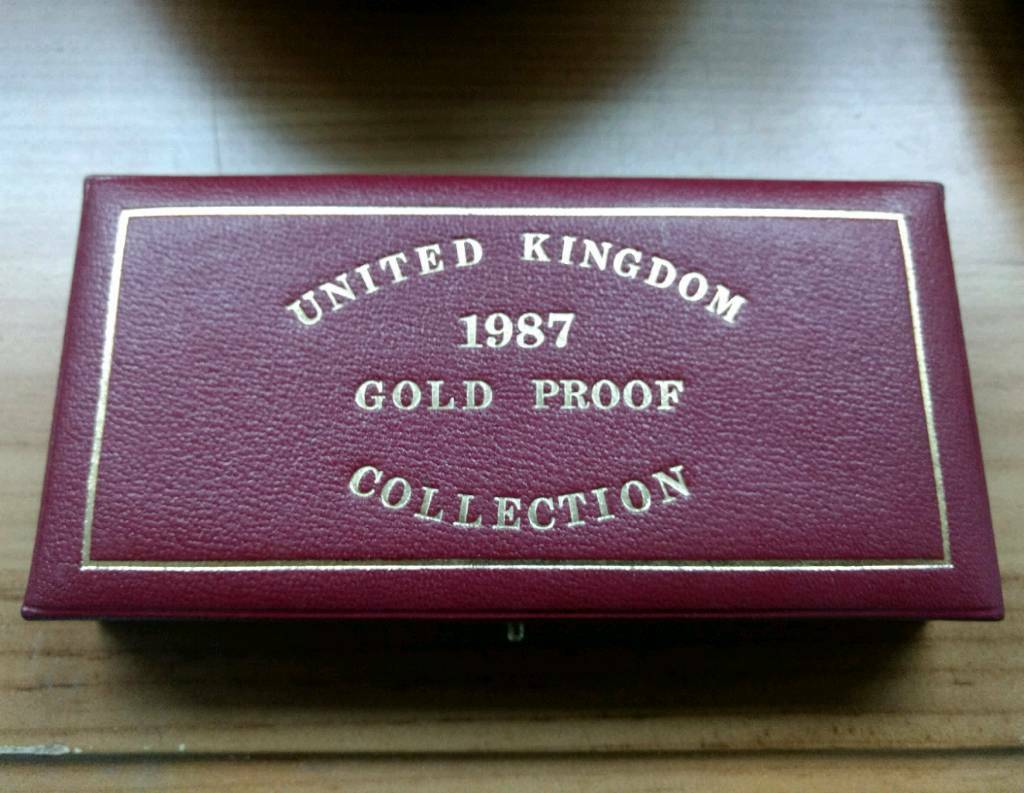 Royal Mint gold sovereign 3 coin set 1987
