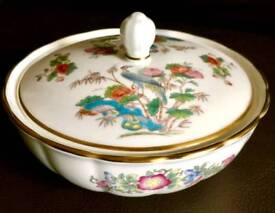 Wedgwood Kutani Crane 14cm Lidded Bowl