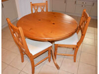 Pine dining table (round) and chairs