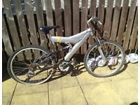Venture Trespass Dual Suspension Bike / Bicycle