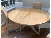 Neptune Chichester round table