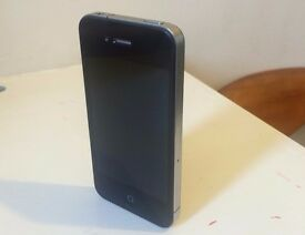 iPhone 4 8gb - Black - 02 or Tesco networks