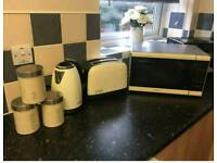 Kitchen appliance bundle