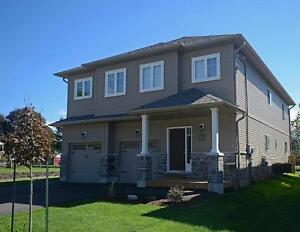 Newer House - 3BR Executive Suite in Shakespeare, ON